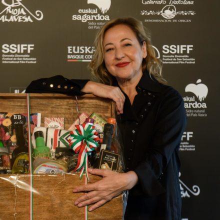 Carmen Machi glardonada con el «Basque Country Gastronomiko»